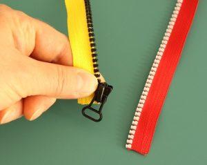 Repairing a zipper 1