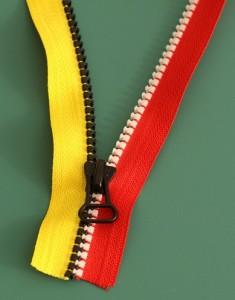 Repairing a zipper 3